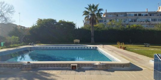 apartment Punta Prima, walking distance to the beach
